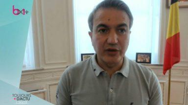 """Emir Kir : """"Le port du masque dans les lieux fermés devrait être obligatoire"""""""