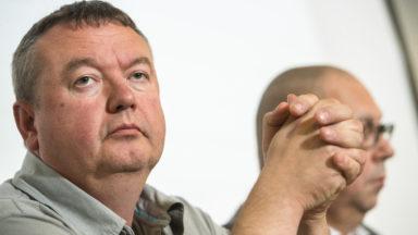 La FGTB acte l'éviction du président Robert Vertenueil, Thierry Bodson arrive en interim