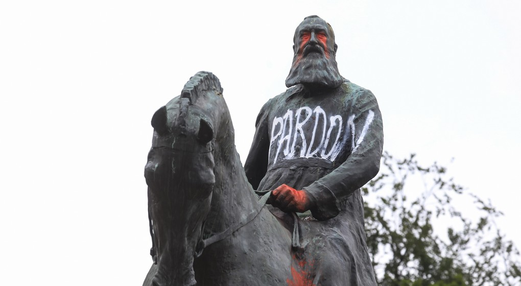 Statue Leopold II - Belga Thierry Roge