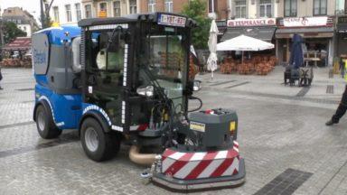 Etterbeek : une nouvelle autolaveuse pour assurer la propreté sur les places de la commune