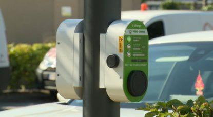 Borne de recharge véhicules électrique sur poteau d'éclairage Test Sibelga - Capture BX1