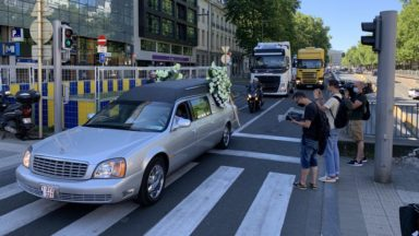 420 véhicules de forains ont traversé Bruxelles pour manifester contre les fermetures des foires