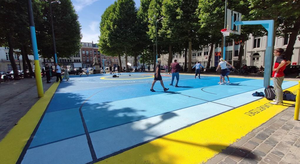 Nouveau terrain de basket-ball Place Nouveau Marché aux Grains - Belga Gaelle Ponselet