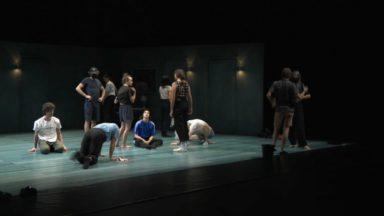 Face au Covid-19, la troupe de danse Peeping Tom prépare son prochain spectacle au Théâtre National