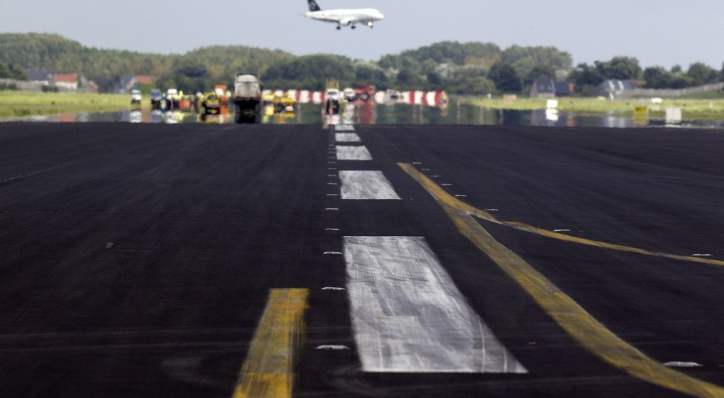 Piste 25R 07L Brussels Airport - Travaux - Belga Nicolas Maeterlinck