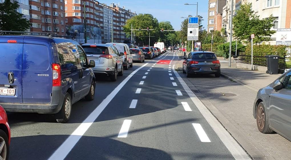 Piste Cyclable Boulevard Louis Schmidt Etterbeek - Photo Twitter Sarah Azau