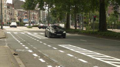 Des pistes cyclables se dévoilent cette semaine sur le boulevard Lambermont et le long de l'E40