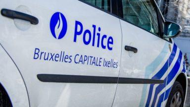 La police de Bruxelles-Ixelles a dispersé une centaine de personnes au parc Maximilien