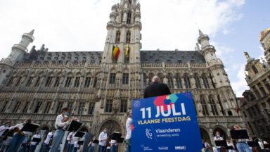 Will Tura, invité surprise de la fête de la Communauté flamande sur la Grand-Place