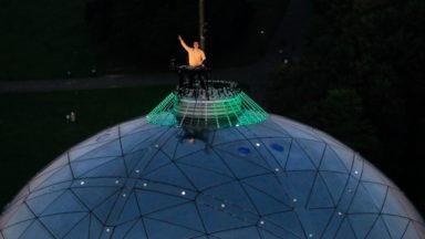 Revivez le DJ set d'Henri PFR au sommet de l'Atomium à l'occasion de la Fête nationale