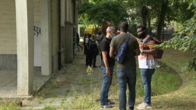 Evere : la police bloque l'accès d'un bâtiment rue du Destrier à la Voix des sans-papiers