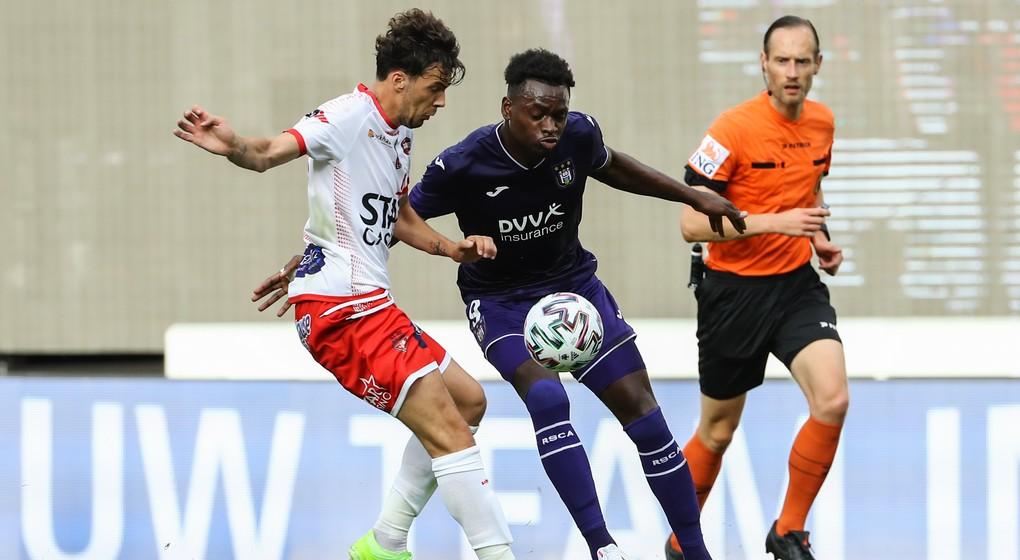 Landry Dimata Duel RSC Anderlecht Mouscron - Belga David Pintens