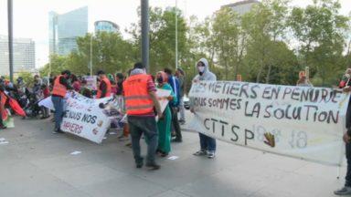 130 personnes manifestent pour les enfants sans-papiers à l'aube de la rentrée