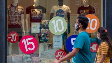Soldes d'été : encore 35 à 40% des stocks sont encore en rayon, alerte le SNI