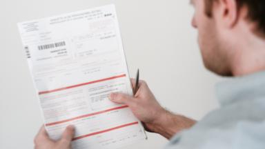 Le médiateur fédéral demande plus de transparence pour la déclaration d'impôts simplifiée