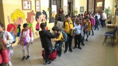 Covid-19 : l'absence des professeurs pèse sur l'organisation des écoles