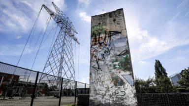 Elia installe un morceau du Mur de Berlin sur son site à Bruxelles