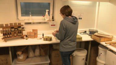 """Création artisanale de savon : visite de l'atelier """"Indigene"""", lauréat de la Vitrine de l'Artisan"""
