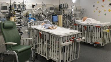 Kaïs (4ans), hospitalisé à cause du coronavirus, est sorti du coma artificiel
