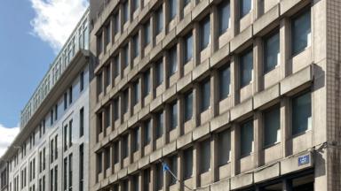 """Feu vert à l'occupation temporaire du bâtiment """"Arlon 104"""" dans le quartier européen"""