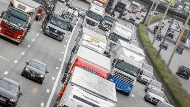 Des accidents sur le ring de Bruxelles et l'E19 causent d'importants embouteillages
