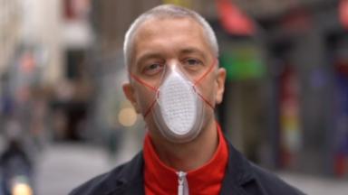 Un designer bruxellois a créé un masque recyclé, recyclable et local