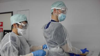 Le coronavirus a tué plus de 17 000 personnes en Belgique, dont plus de 2 400 à Bruxelles
