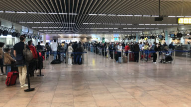 Brussels Airport : un afflux important de passagers, et de longues files ce week-end