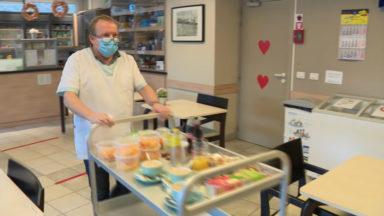 Les bénévoles soulagent les travailleurs des maisons de repos