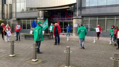Ixelles: une action syndicale devant le siège de Beobank pour le personnel oublié