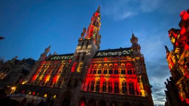 """Il n'y a pas de """"son et lumière"""" à la Grand Place, rappelle Philippe Close"""