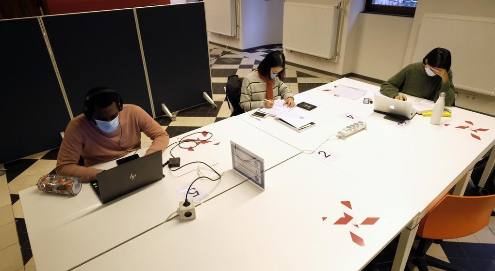 Blocus Virtuel Coaching L Ulb Et L Ucl Proposent Des Outils Pour Preparer Les Examens De Janvier Bx1