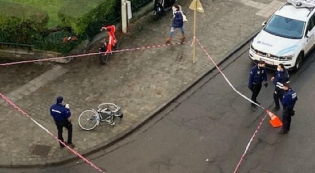 Accident cycliste Schaerbeek Rue du Noyer - Twitter LaNomadeSed - NE PAS REUTILISER