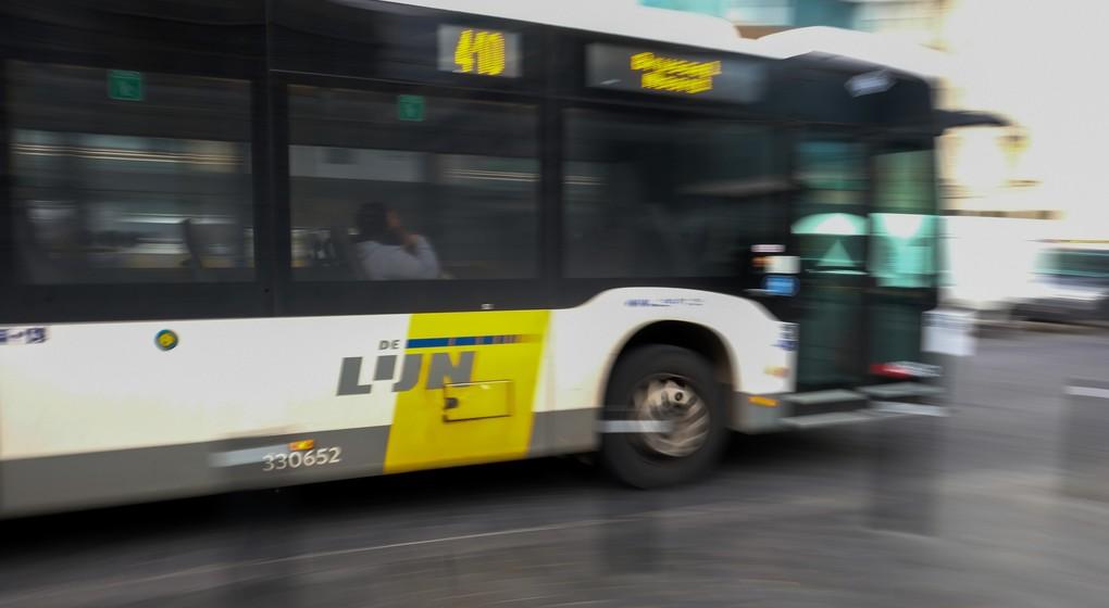 Bus De Lijn Bruxelles - Belga Nicolas Maeterlinck