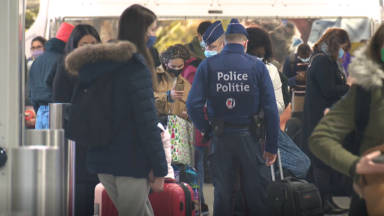 Des contrôles plus fréquents dans les gares, aéroports et aux frontières