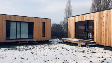 Forest : six nouveaux habitats modulaires construits pour les sans-abri
