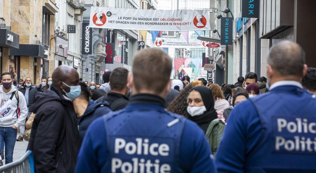 Police Rue Neuve Foule - Belga Nicolas Maeterlinck