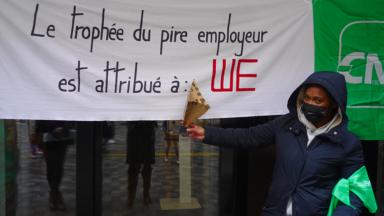 Des travailleurs empêchent l'ouverture d'un magasin WE à Anderlecht