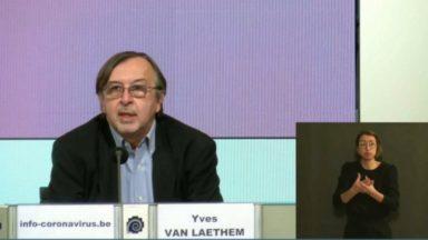 Yves Van Laethem : le patient type hospitalisé est plus jeune de 11 ans