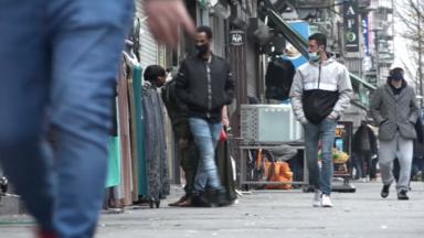 Schaerbeek : le débordement des étalages sur le trottoir interdit rue de Brabant