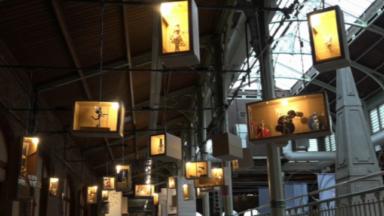 """Culture : """"1000 petits bonshommes"""" exposés aux Halles Saint-Géry"""