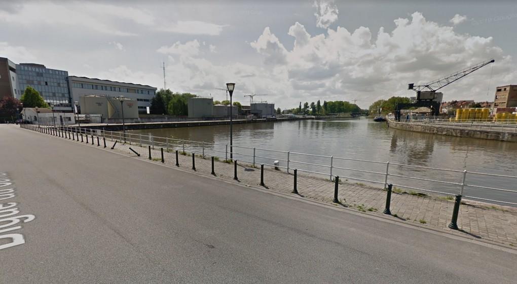 Anderlecht Digue du Canal - Google STreet View