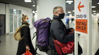 Covid-19 : les nombres de nouveaux cas et d'hospitalisations diminuent à Bruxelles
