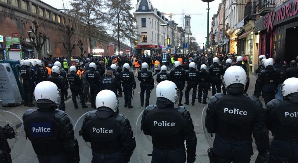 Manifestation Ibrahima Police Rue de Brabant- Jean-Christophe Pesesse BX1