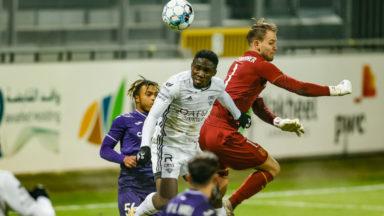Football : Eupen bat Anderlecht après l'exclusion de Kemar Lawrence