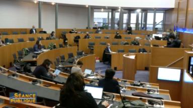 Commission COVID : des hôpitaux ont refusé l'admission de résidents de maisons de repos