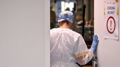 Coronavirus : le taux de nouvelles infections reste stable