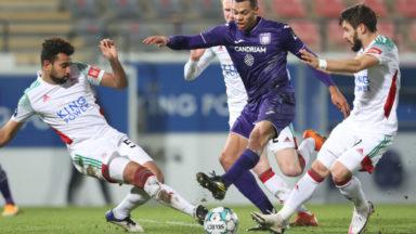 Pro league : Anderlecht bat Charleroi 3-0 et le dépasse au classement