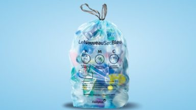 On peut désormais jeter (presque) tous les emballages en plastique dans les sacs bleus