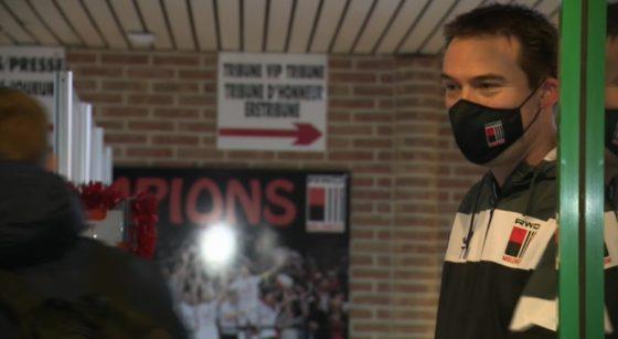 Michaël Marcou, team manager du RWDM dans les couloirs du stade.